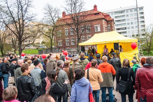 Kallio Kukkii avajaiset 10.5.2014 Kuvaaja Lauri Hytti 59