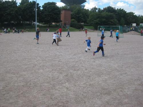 x jalkapallo lapset johannaelina