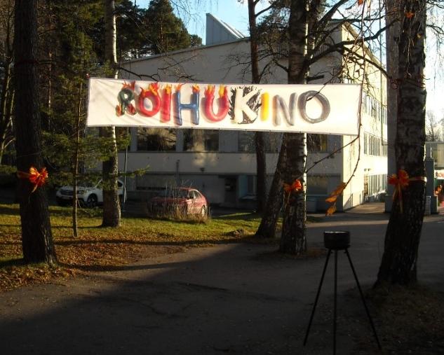 Roihukino2015 pihalla