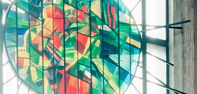 kirkko lasimaalaus