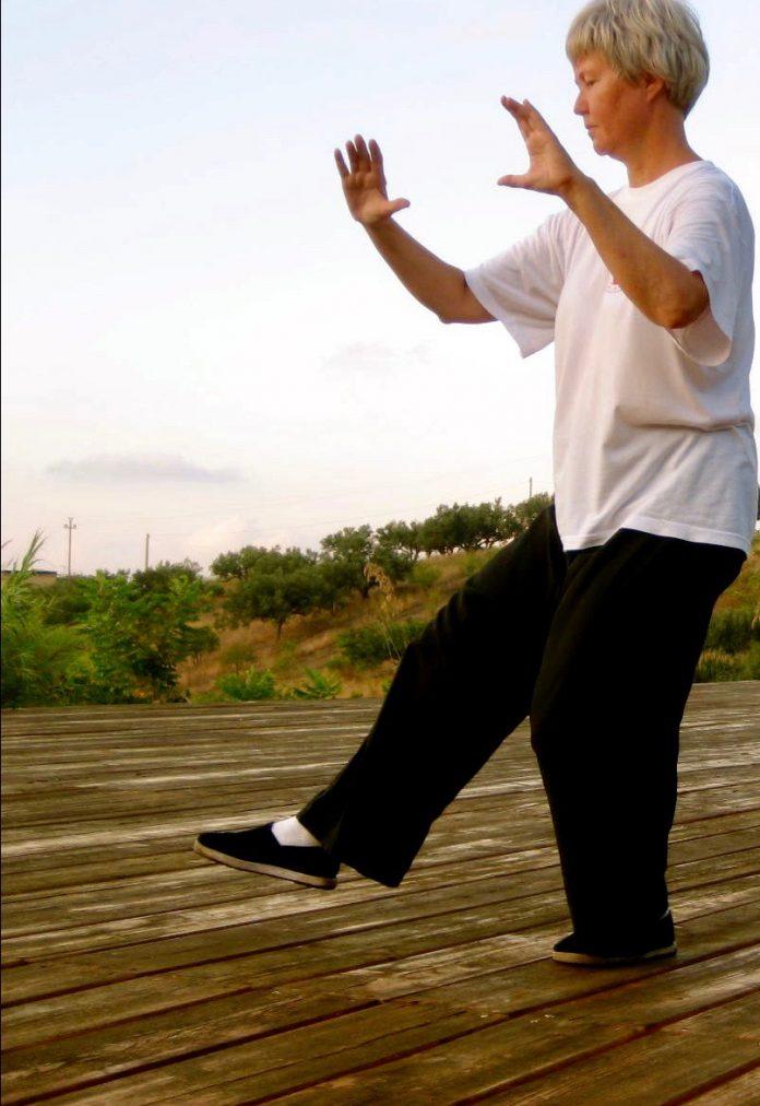 yoga Mainos 1697