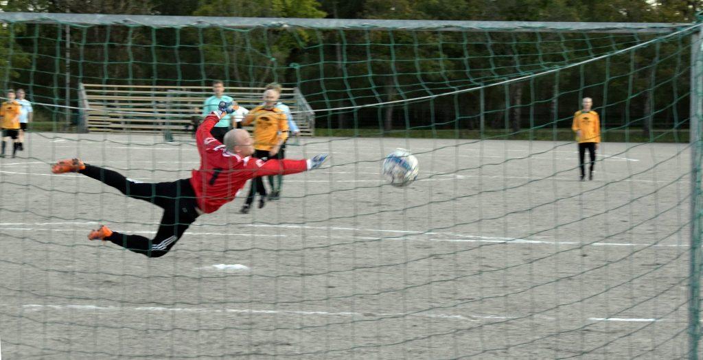 2091 09 jalkapallo ottelu 4