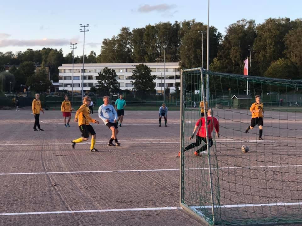 2091 09 jalkapallo ottelu 6